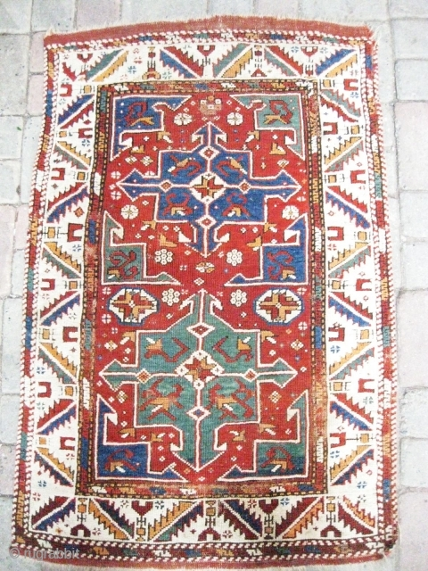 Ref 1468 Bergama - Ezine Early nineteenth century. 3'8 x 2'6 - 113 x 37. Side cords have been replaced.