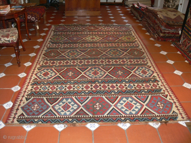 Ref 1430 Shirvan kelim.  Nineteenth century with all natural dyes. 9'8 x 5'7 - 293 x 170.  Excellent condition