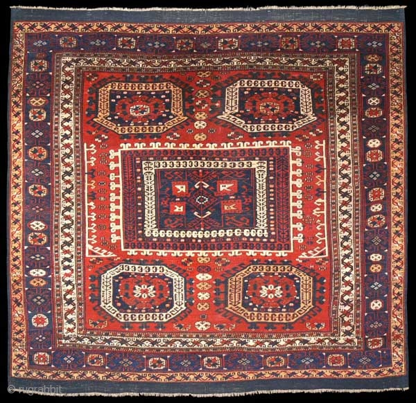 Ref 1324 Early Nineteenth century Bergama carpet in unrestored condition. 5'3 x 5'7 - 158 x 168