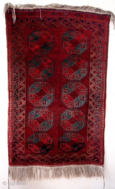 Ersari nomads Oezbekistan, north of east Afghanistan.  Mid 20th century.  Very good condition, natural colors.  High pile.  Great abrash.  185 x 108 Cm's.