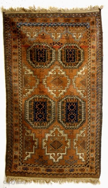 Beloudj, camel ground, 135 x 80 Cm.  ON AUCTION ON CATAWIKI.  Link: https://veiling.catawiki.nl/kavels/30041259-tapijt-135-cm-80-cm?previous=favorites