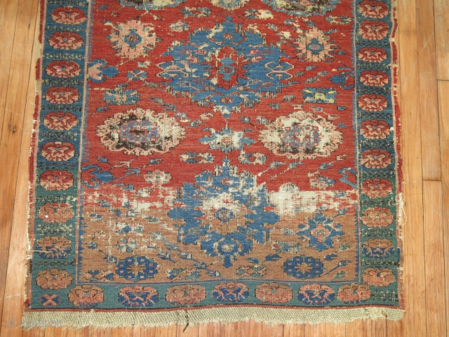 Antique Zeychour Kuba Soumac.  Size 3'10''x4'11''.  Worn condition...  Nice Abrash. 