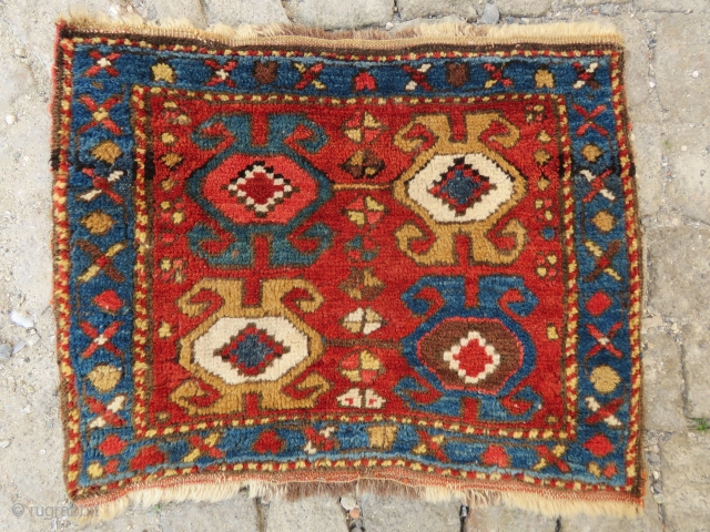 Antique Kurdish bagface wonderful colors and excellent condition all original Wool and Wool size :54x42 cm Circa 1900