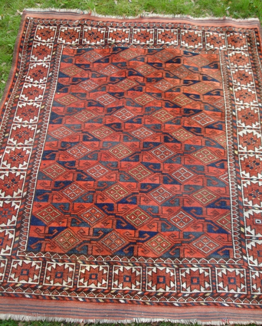 Ersari Beshir rug circa 1900 – 1920 140 x 160 cm plus plain weave 6 + 7 cm. Two shades of madder red, two shades of indigo blue, small parts with yellow. Good condition. Three  ...