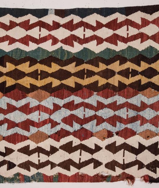 Anatolian Kilim with lots of cotton  71 x 347 cm / 2'3'' x 11'4''