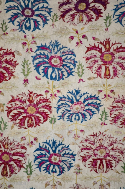 Antique ottoman embroidered , silk on silk, 17th century textile. Available in online auction /30th November - 14th December/ Catalog is available at the following link:  https://www.invaluable.com/catalog/49ah7eo16e
