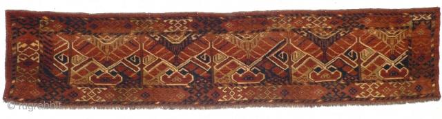 This is one highlight of our annual Advent Bazaar: 1046 Ersari Jollar, 186/40 cm, Central Asia, last quarter 19th century, impressive format, rare design, beautiful natural colour palette (Green!), in good condition!  ...