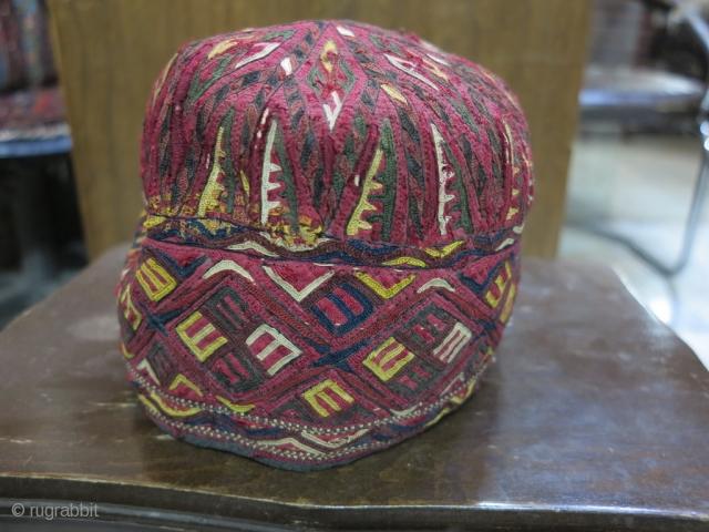 Tourkmen hat silk price:POR