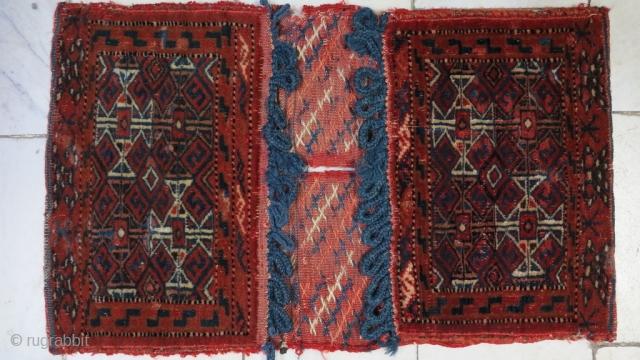 Turkmen Saddlebag wool on wool it was repaired size: 49 x 30 price:POR
