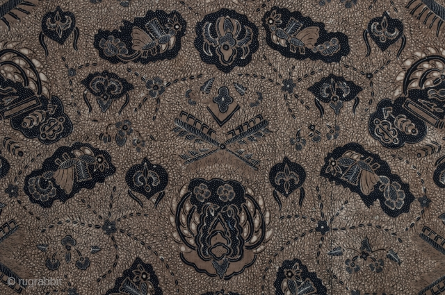 """Batik Kain, Solo, Java, Cotton, Mid-20th century, 99.5"""" (272.7 cm) by 42"""" (106.7 cm). The hand drawn (tulis) pattern of this batik is called satrio manah and symbolically represents a knight shooting arrows. There are no holes  ..."""