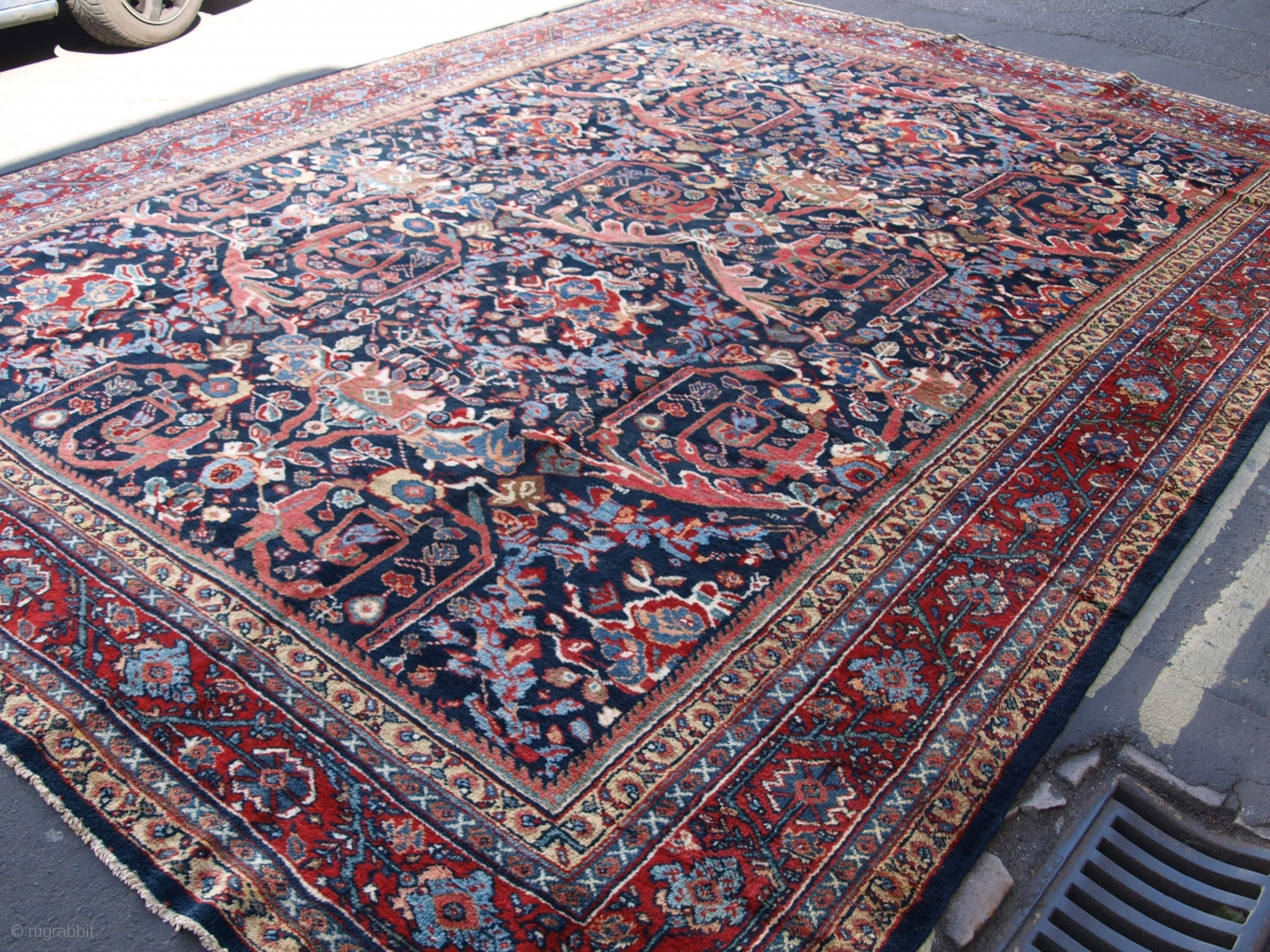 ANTIQUE MAHAL CARPET, LARGE SISE WITH STUNNING DESIGN ...