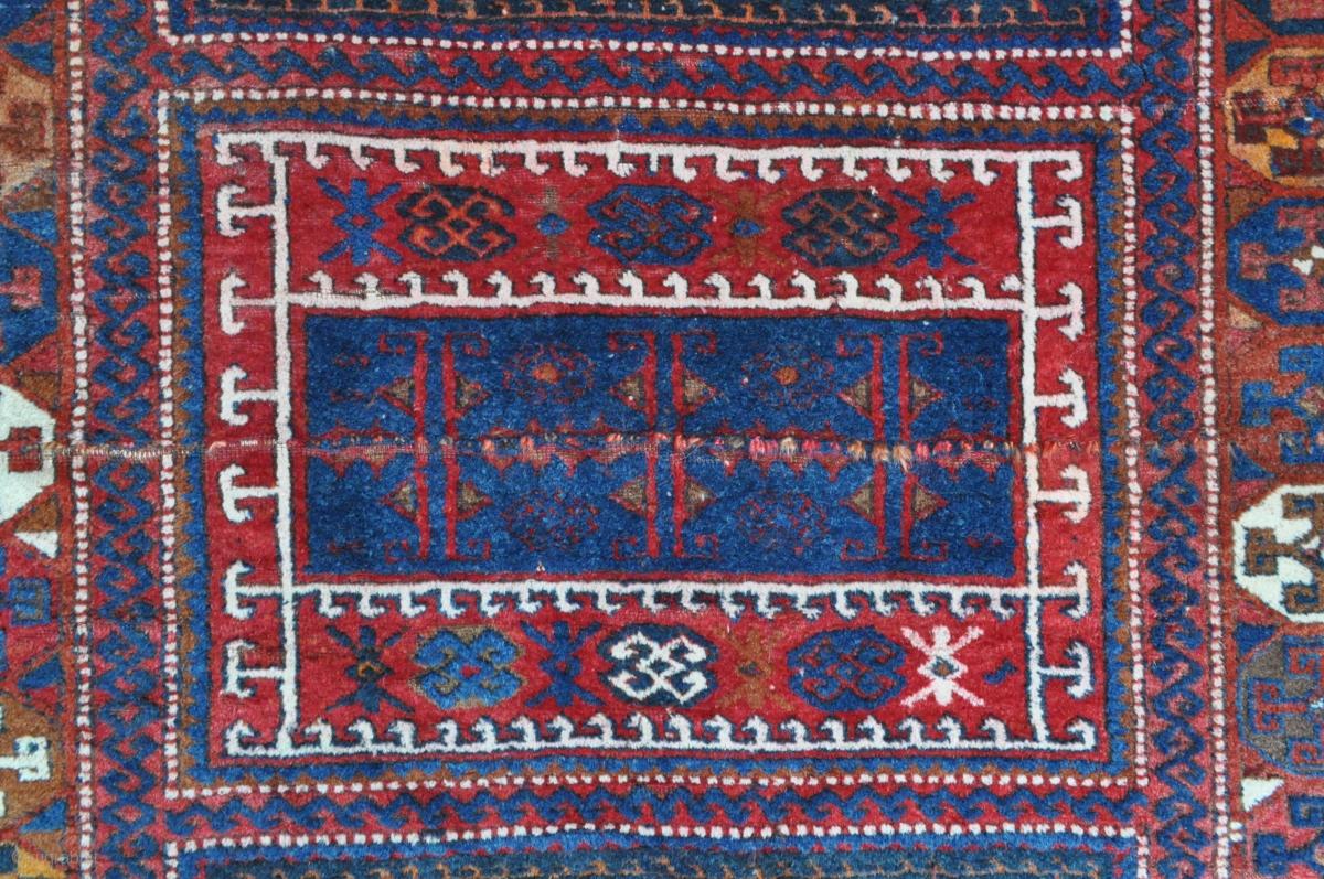 East Anatolian Quot Yoruk Quot Rug May Be A Yatak Interesting