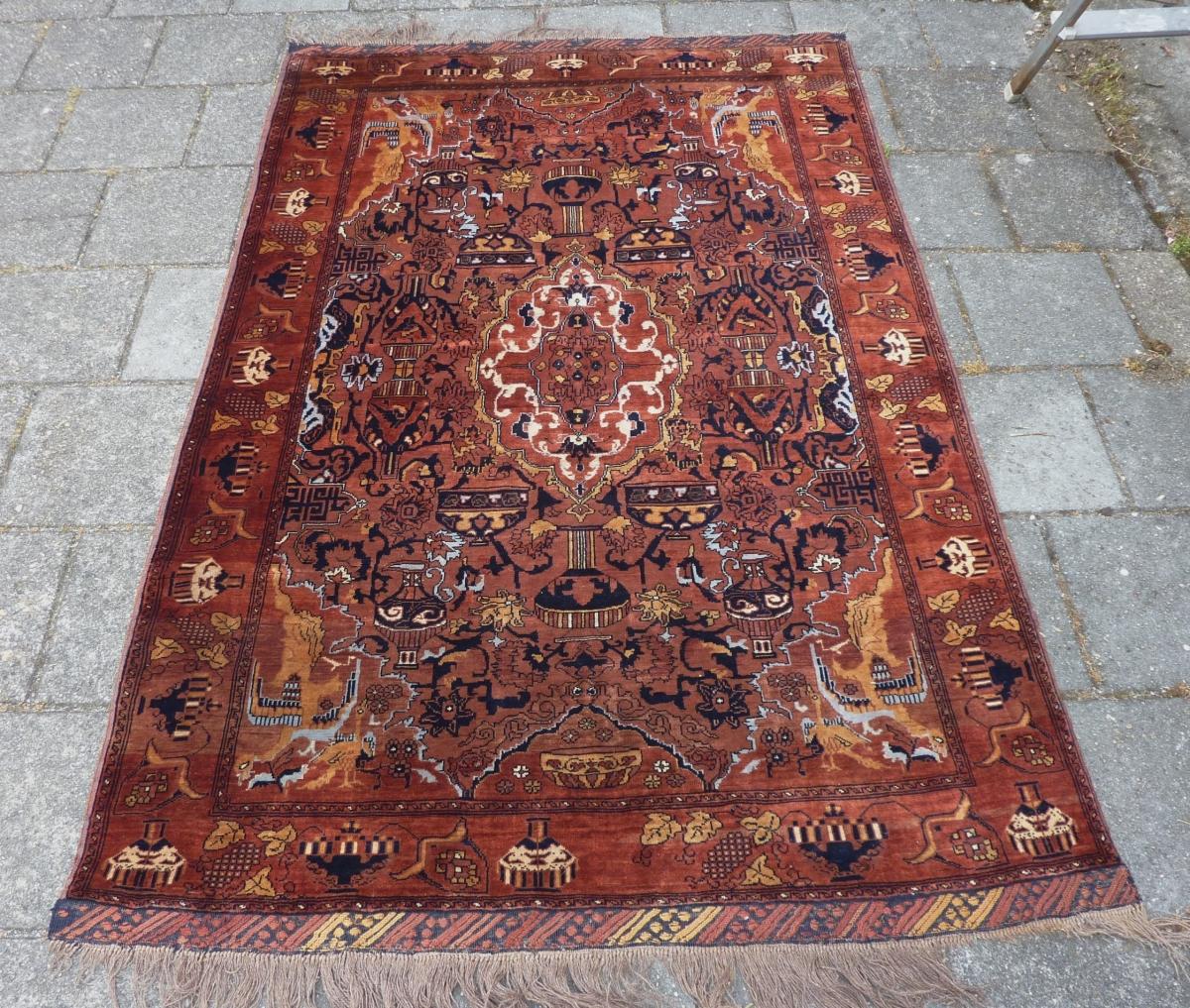 "East Persian Kashmar Rug, 199 X 132 Cm., 6' 6"" X 4' 4"