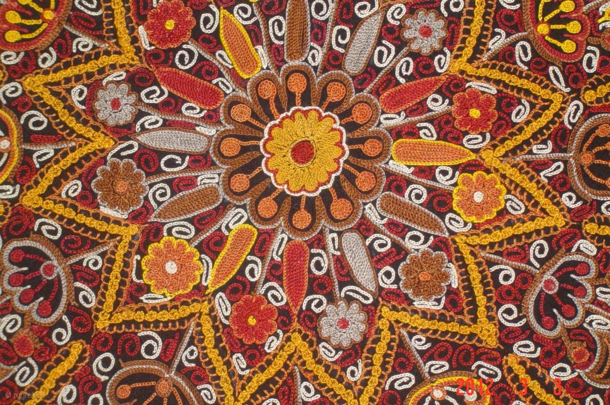 19h Century Persian Embroidery Sielk 140cmx135cm Pazyryk