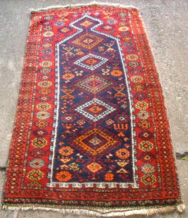 Very Old Sivas Kürd Prayer Rug. Size: 84 X 155 Cm. One