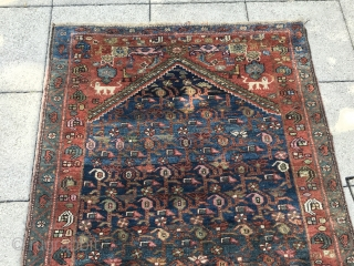 "Cute Kurdish rug with great wool and beautiful dyes. 2.00m x 1.20m (6' 5"" x 3.10"") Note the royal lions in the spandrels. Subtle range of colours. The condition is very good.  ..."