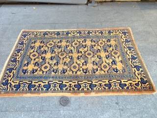 Antique Chinese Carpet Size 178-128