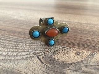Ethnic Turkmen tribal silver ring gilded with old cornalian and turquoise.