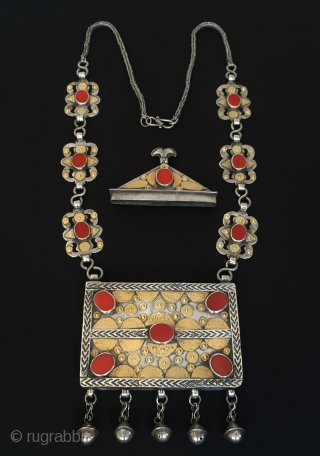 Central-Asia Turkmen-Yomud Silver Necklace with cornalian fire gilded Best condition Circa-1900 Height''48'' - Width''10.5''cm - Weight : 263 gr Thank you for visiting my rugrabbit store !