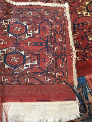 Mid 19 c Tekke 6 Gul torba with rare curled leaf border and double horned animal heads. Great condition size 101 x 43 cm.  colour is like on the details all natural  ...