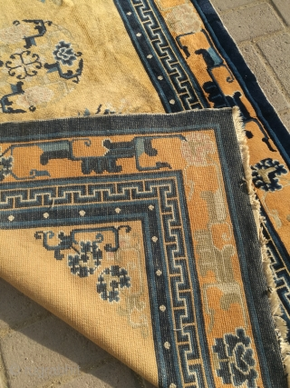 Antique Chinese rug. Excellent condition. Size 6 by 3.3 feet. Only need to wash.