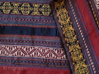 A Late 19th Century Shahsavan Silk Jajim  Size 109 x 197 cm  A beautifully drawn Jajim with clear colours. Its principle design elements are a 'birds-wing' motif and a sub-Turkman like 'aina-kotchak' motif.  ...