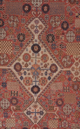 Qashqai rug . All original except for one or two tiny repairs. Good condition with low/medium pile all around. A great combination of soft and electric colors. Also a pleasing balance between  ...