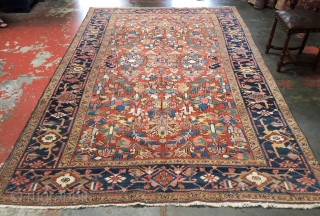 Beautiful Persian Heriz c.1920 with superb dyes and a sparkling composition. Size: 7'0 x 10'8. Excellent condition and ready to enjoy! Please contact me for more photos/information.