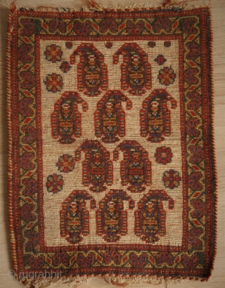 Unusual botteh bag face, Persian (could be of a Bakhtiari chanteh) fine weave, natural colors in good condition. parts of kilim remaining. 