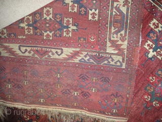 Yomut Turkmen Kepse Gul Main Carpet with a Boat Border (fantastically drawn). Great color, soft wool, dirt, hole, moth-damage, stains. kilim (which include cotton) on both ends and chords still attached on  ...