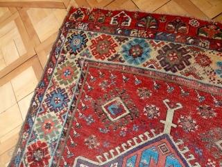 http://www.ebay.com/itm/european-estate-interiors-ANTIQUE-18-CENTURY-ANATOLIAN-KARAPINAR-3-9-x-12-5-034-/382049054258?ssPageName=STRK:MESE:IT