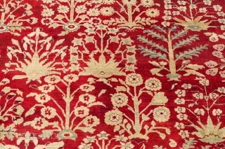 ANTIQUE JAIL AGRA, 1880's, 16'8 x 11'7 or 514 cm x 359 cm , ANTIQUE END OF 19 CENTURY ORIGINAL AGRA CARPET      VERY NICE LARGE IVORY AND MINT GREEN BORDER FULL OF  ...