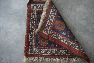"SW persian - 22"" x 19"" good pile, color, weave.  Ends unravelling, still has some original finish.  Interesting sawtooth border at one end.  $265/Best Offer"