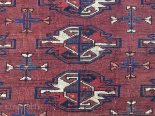 Turkmen Yomut cuval with great insect border. Cm 60x112. Late 19th century. Natural dyes. 9 gul pattern. Very precise drawing. In very good condition. Really beautifull, elegant, collectable.