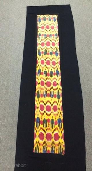 Excellent 19th cent Uzbek Ikat adras panel, Beautiful veg dyes colours and spectacular design (pattern). Rare piece. The size is: 28cm by 180cm without backing (black colour fabric).