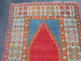 Turkish Prayer Rug, early 20th century, 3-5 x 5 (1.04 x 1.52), good condition, ends overcast, rug was hand washed, slight wear, original ends and edges, natural and synthetic dyes, plus shipping.
