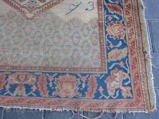 Interesting Turkish Ushak ?? size 160x103-cm / 62.9x40.5-inches more info please mail me