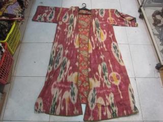 Uzbek ikat antique chapan  ask