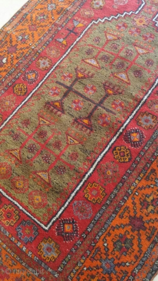 Prayer rug turki or Kurdish size:195x118 good contishen.   Ask