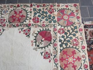 suzani Beautiful size:174x150-cm ask