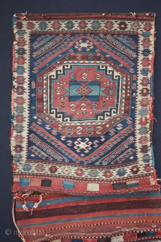 19th century complete Shahsavan khorjin. Size : 140 x 50 cm. 55 x 20 inches. Full original, no repair, good condition. Fine and tight weaving (weft-wrapping technique). Collected in Persia before the first world war. Wonderfull collectible  ...
