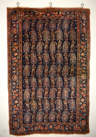 Early 1900's possibly Borujerd from West Iran. With classic boteh pattern. All natural colors. In very good condition. No damage, no repairs. 198x130cm/77.95x 51.18 inches