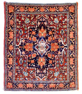 Bidjar circa early 20th century. 78cmx 65cm