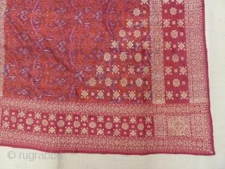 IkEt Headcloth, Sumatra.(Silk & Ikat)85 x 85 Cm. Very Good condition!