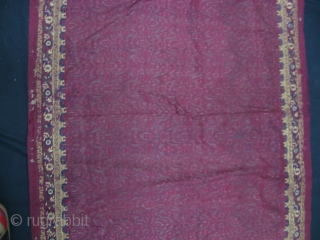 Indonesian Embroidered kai Limar. the yellow strip is 100 Cm. For more : http://indonesia-textile.blogspot.com