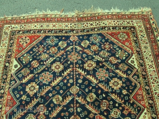 Antique Persian Qashgai Oriental Rug.  size 4'10''x7'7''.condition very good .