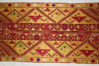 Sarpallu Phulkari from East(Punjab)India called As Sarpallu. Rare Design.Extremely Fine Phulkari.(DSE01640New).