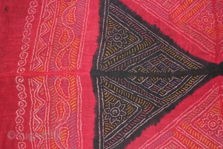 Tie and Dye Cotton Odhani From Rajasthan India.Its size is 123cm X 200cm.(DSL01640).