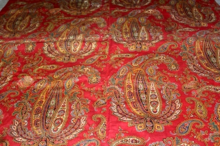 Manchester Roller Print From Manchester England made for Indian Market.Circa 1900.Roller Printed on Cotton.Rare Paisley Design.Used as for private shrines as Divalgiri.Its size is W-132cm x L-228cm.(DSL03110).