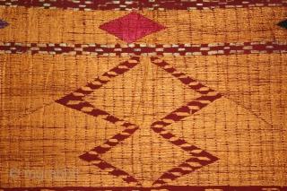 Sarpallu Phulkari from East(Punjab)India called As Sarpallu. Rare Design.Extremely Fine Phulkari.(DSC01430).